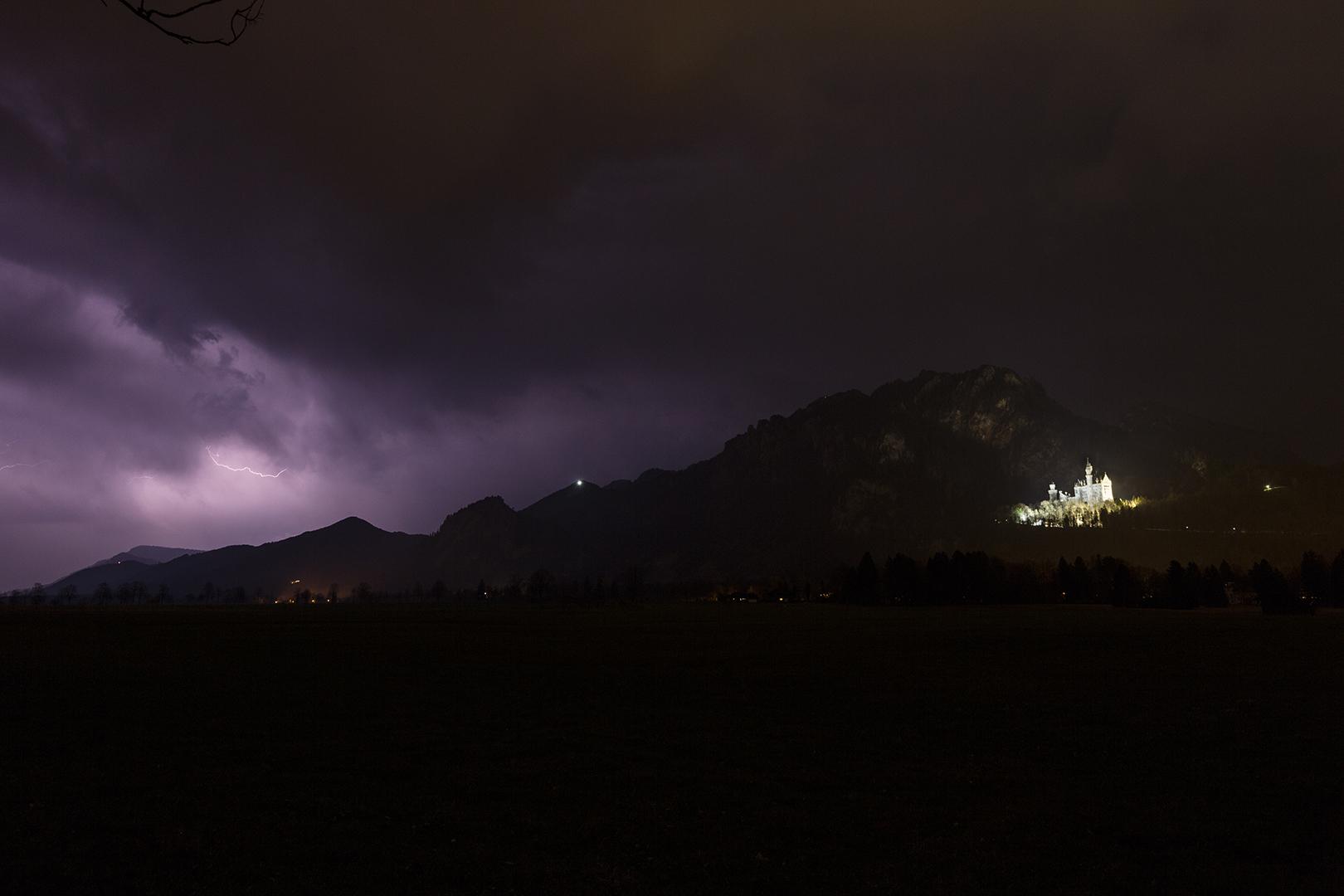 http://www.wetterbilder.net/Bilder/Beobachtungen/2017-04-02/2017.04.02-10.jpg
