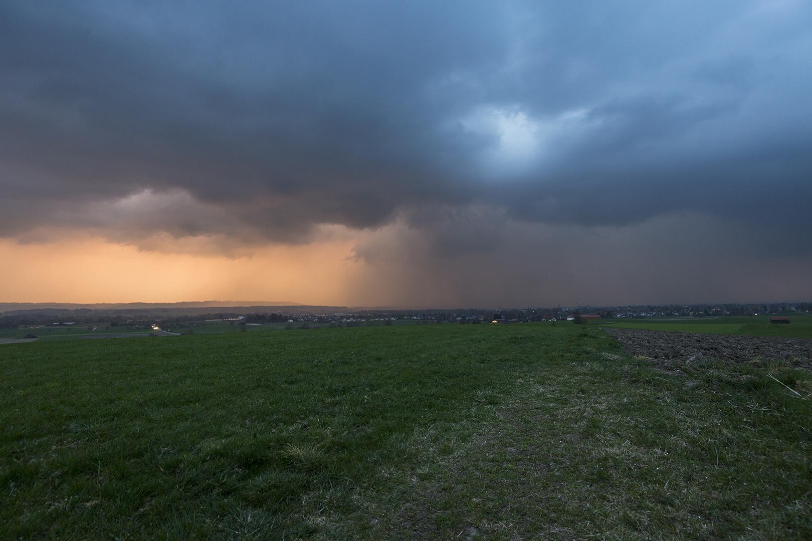 http://www.wetterbilder.net/Bilder/Beobachtungen/2017-04-03/2017.04.03-01.jpg