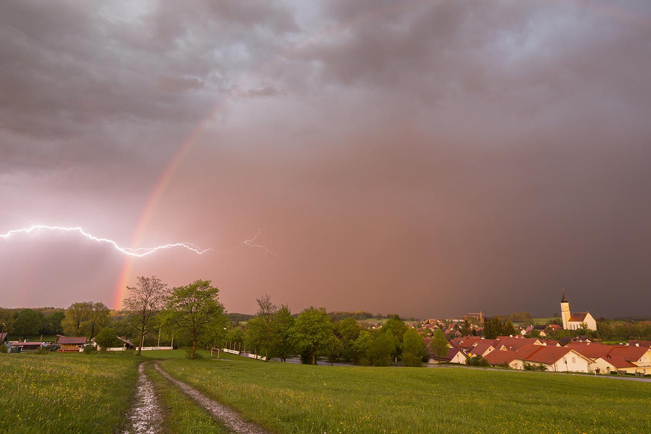 http://www.wetterbilder.net/Bilder/Beobachtungen/2017-05-12/2017.05.12-38.jpg